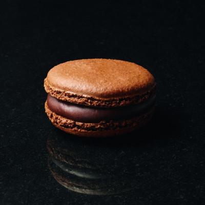 Le grand macaron chocolat